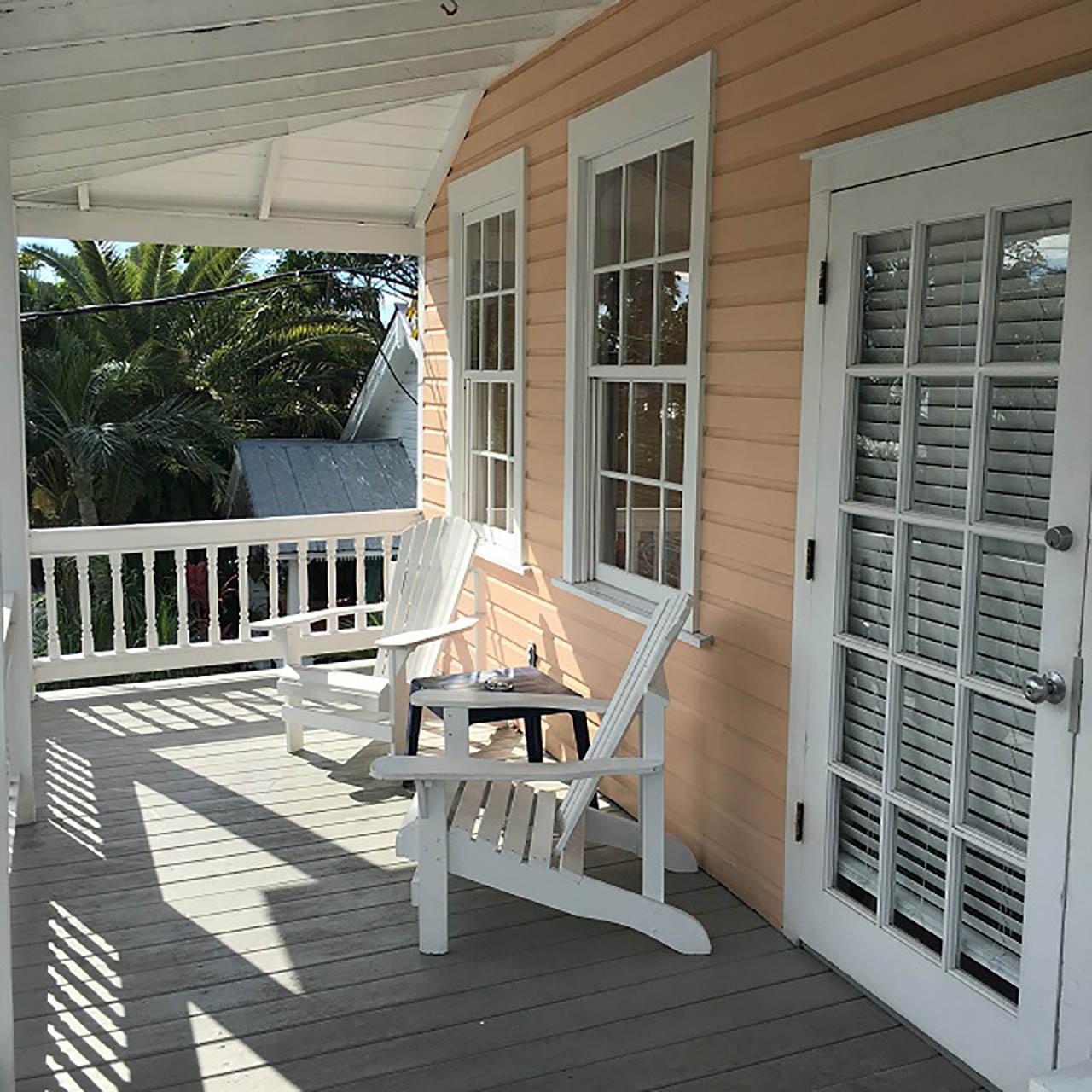Suite - Coconut Palm