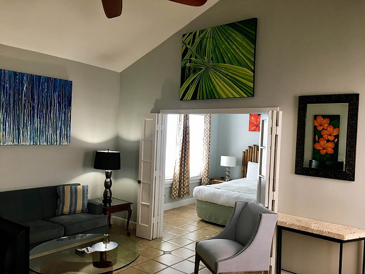 Suite - Travellers Palm